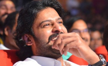Prabhas-New-Stills-At-Lofer-Audio-Launch-09